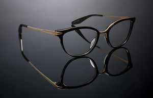 Barton_Perreira_Eye_Department_Portland_Eye_Exam_MARY-JANE_BLACK-BRUSHED-GOLD_ZYL-TITANIUM